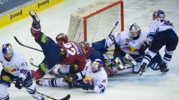 Die Eisbären zwingen München ins siebte Spiel