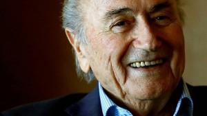 Ermittler vernehmen Blatter in der WM-Affäre 2006