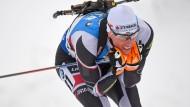 Sieger in Oberhof: Der Österreicher Julian Eberhard sprintet zum Sieg