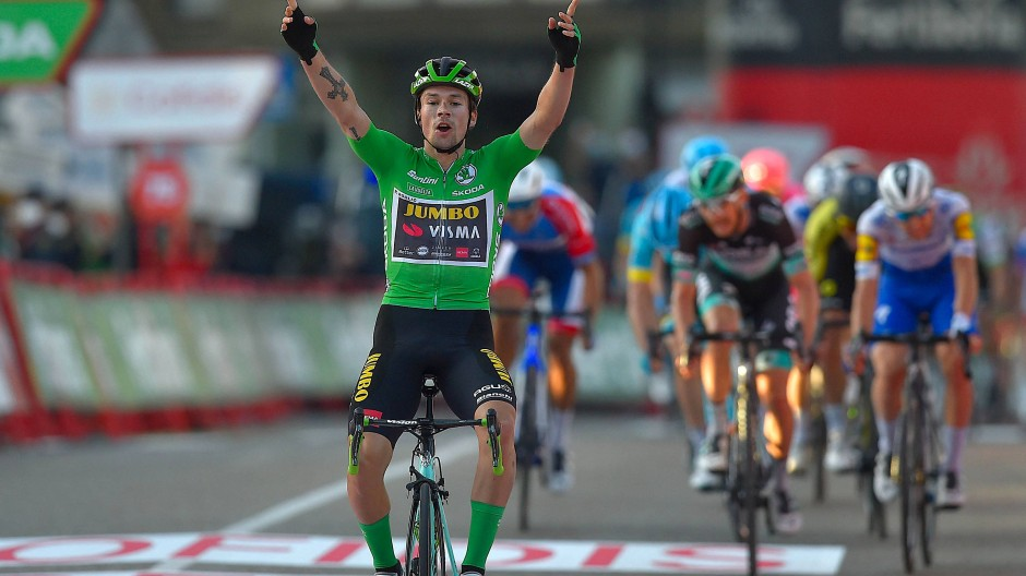 Alleskönner auf dem Rad: Primoz Roglic wechselt die Trikotfarbe von Grün zu Rot.