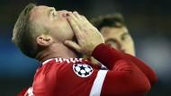 Schweinsteiger überzeugt bei Rooney-Gala