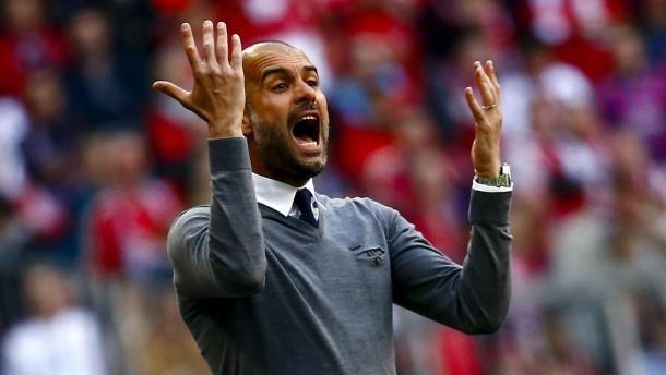 Wie sich die Bayern ihrem Trainer ausliefern