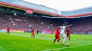 Große Bayern-Hilfe für einen alten Rivalen