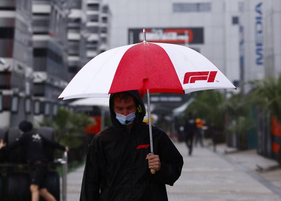 Dauerregen auf Russlands Formel-1-Rennstrecke