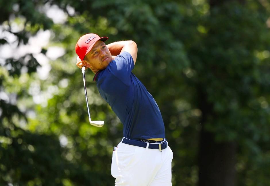In seiner internationalen sportlichen Familie gab es auch Fußballer und Leichtathleten: Xander hat den Golf-Schwung raus