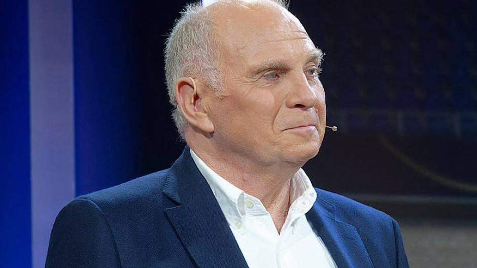 Uli Hoeness Teilt Als Rtl Fussball Experte Gegen Den Dfb Aus