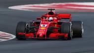 """""""Wir haben noch Arbeit"""": Sebastian Vettel im Ferrari zwei Wochen vor Start der Saison."""