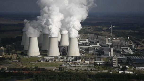 Greenpeace stellt Studie zu Kohlekraftwerken vor