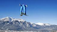Überflieger: Der Österreicher Stefan Kraft springt bei den Österrichern in die Bresche und führt die Tournee-Wertung an
