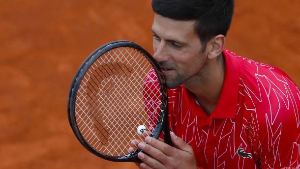 Alle gegen Novak Djokovic