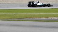 Lewis Hamilton rast vorneweg: Bei Mercedes ist die Rangfolge vorerst klar
