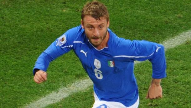 Ein Torwartfehler hilft Weltmeister Italien