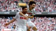 Kölsche Jungs: Jonas Hector (l) und Yuya Osako jubeln nach dem 1:0.