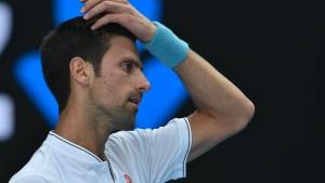 Zverev folgt in Runde drei - Djokovic scheitert