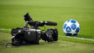 So sehe ich alle Fußball-Entscheidungen live