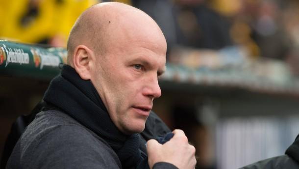 Bochum entlässt Trainer und Sportvorstand