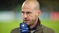 Nach neun Jahren ist die ARD-Zusammenarbeit mit Fußball-Experte Mehmet Scholl beendet.