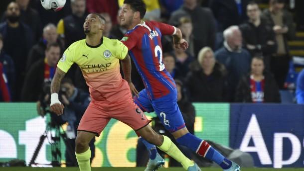 Manchester City verteidigt Platz zwei
