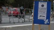Frankfurter verboten: Darmstadt verschließt nicht nur Autos den Weg zum Spiel