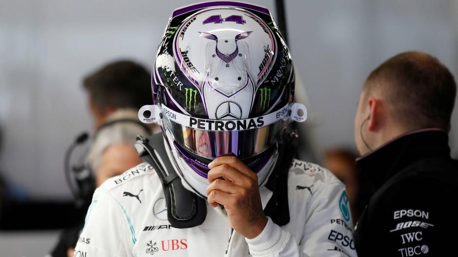 Will das Optimum aus seinem Wagen holen: Mercedes-Pilot Lewis Hamilton in Barcelona