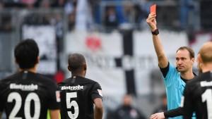 Augsburg zeigt der Eintracht die Grenzen auf