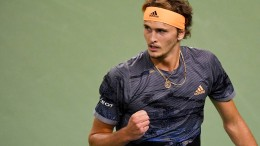 Zverev schlägt Federer
