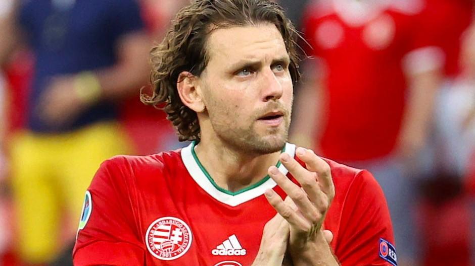 Applaus vom Kapitän: Adam Szalai ist eines der Gesichter des ungarischen Teams.