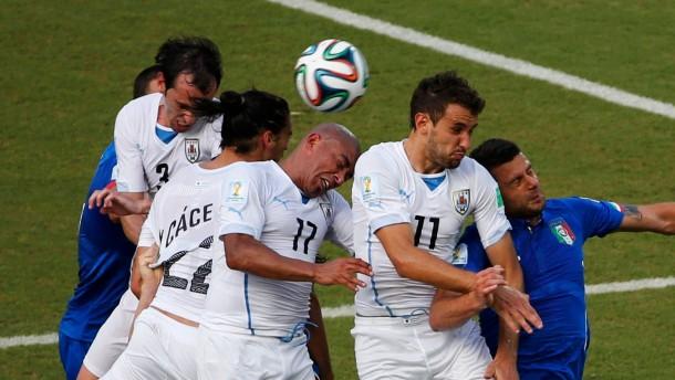 Uruguay schickt auch Italien heim