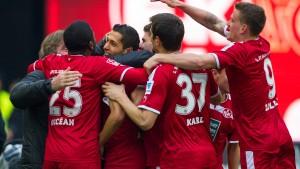 Kaiserslautern überholt Köln