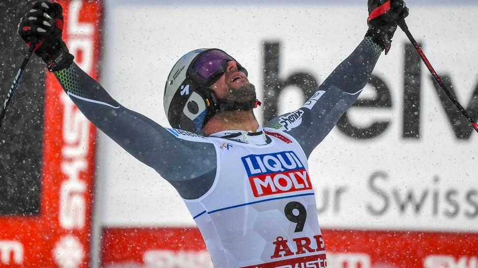 Lässt seinem Emotionen freien Lauf: Aksel Lund Svindal jubelt im Ziel nach der Abfahrt in Are.