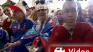 Keine Tore, trotzdem feiern: Französische Fans am Flughafen