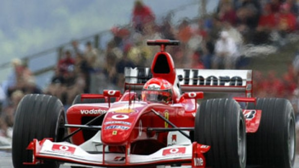 Schumacher dominiert beim Zeitfahren
