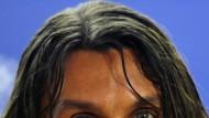 Beckham hofft - Kuranyi beißt - Maldini wünscht