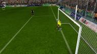 Manuel Neuer mit schnellem Bein