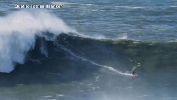 Der amerikanische Wellenreiter Garrett McNamara hat nach eigenen Angaben seinen Weltrekord im sogenannten Big Wave Surfing gebrochen.