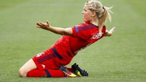 Wolfsburgs Frauen verlieren Elfmeter-Drama