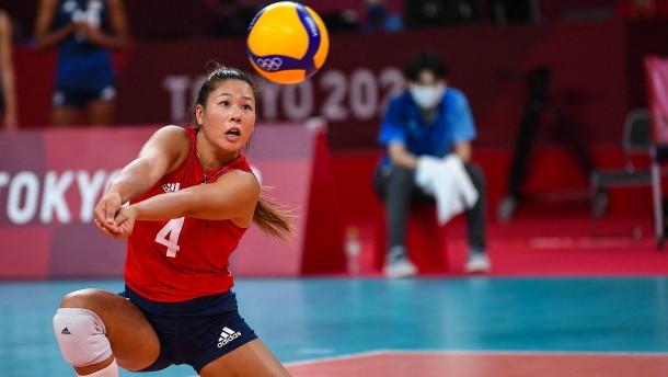 Justine Wong-Orantes als große Nummer