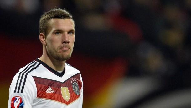 Genervter Podolski sucht Ausweg