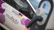 Eine Million Elektroautos sollen bis 2020 auf Deutschlands Straßen unterwegs sein. Bislang sind es viel weniger.