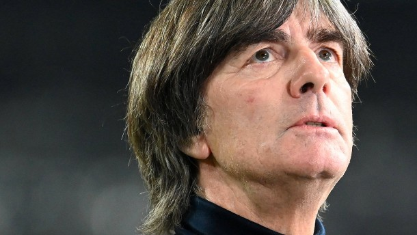 Löw und die heiklen Aufgaben beim DFB-Team