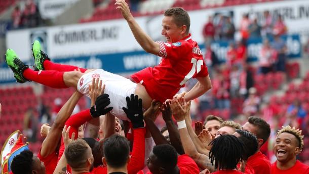 Mainz 05 hilft Eintracht Frankfurt