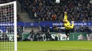 HSV gewinnt Nordderby, VfB feuert Veh