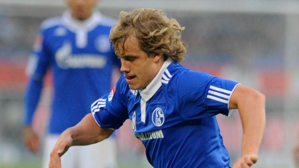 Schalke punktet dank Pukki