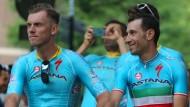 Lars Boom (links) und Vorjahressieger Vincenzo Nibali gehen gemeinsam auf die Tour de France