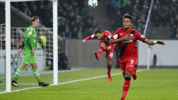 Leverkusen wahrt den Kurs auf Berlin