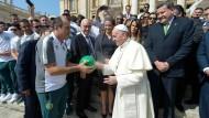 Papst empfängt Chapecoense