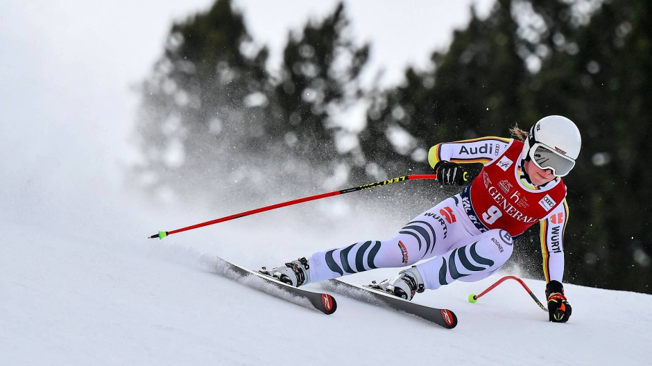 Rasant unterwegs: Kira Weidle bei der Weltcup-Abfahrt in Val di Fassa