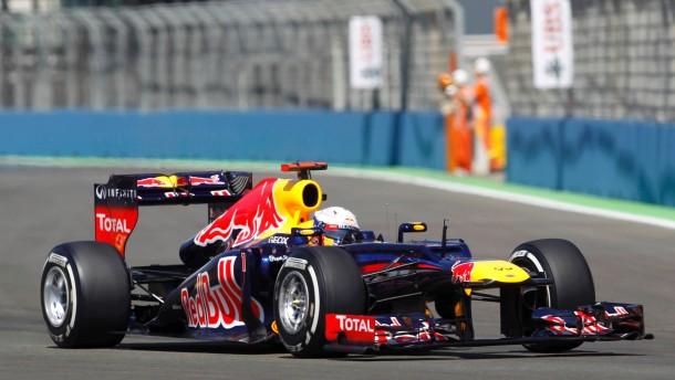 Vettel fährt auf Pole