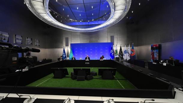 Fifa kündigt weitere Corona-Hilfen für Fußball-Verbände an