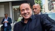 Berlusconi verkauft Anteil am AC Mailand
